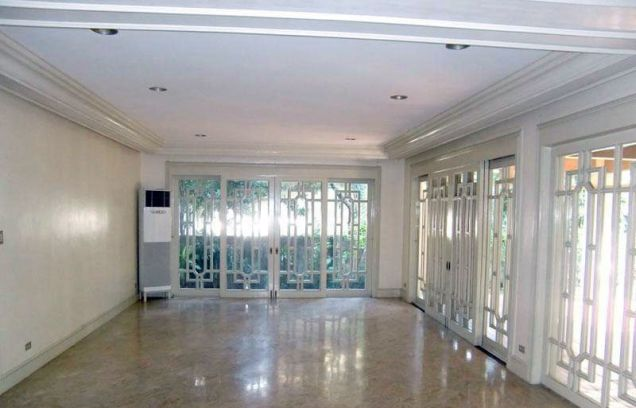 Lavishly 3 Bedroom House for Rent in San Lorenzo Village, Makati City(All Direct Listings) - 2