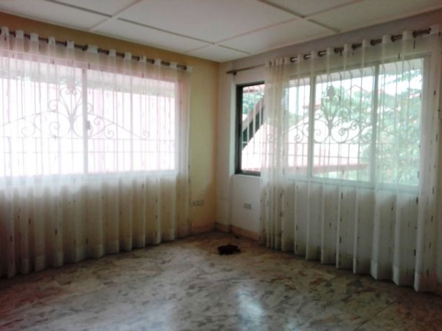 6Bedroom House & Lot For RENT In Friendship,Angeles City. - 5