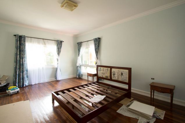 Spacious Renovated 4 Bedroom House for Rent in Maria Luisa Estate Park - 4