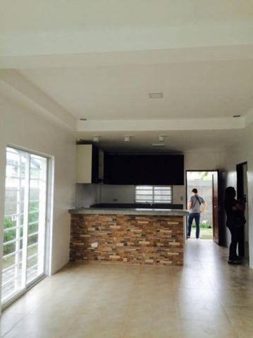 4 Bedroom Brand New House for rent near Sm clark - 45K - 5