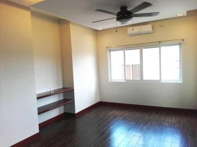 4 Bedroom House with Swimming pool for rent - 70K - 2