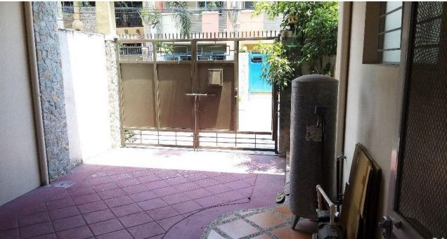 3 Bedroom Town House for rent near Fields Avenue - 35K - 7