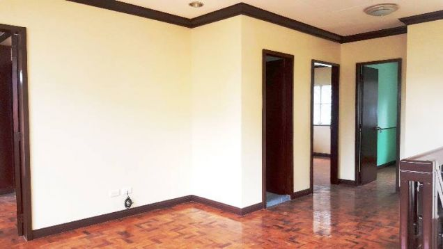 Banawa House for Rent 3 Bedrooms - 8