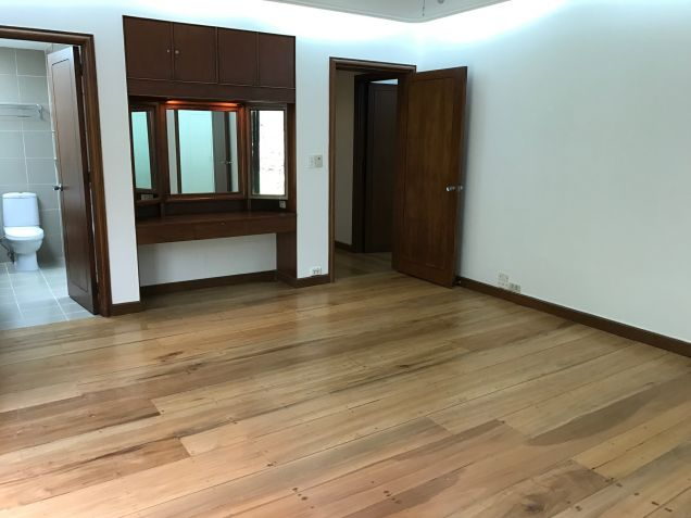 5 Bedroom House for Rent in South Forbes, Makati City - 0