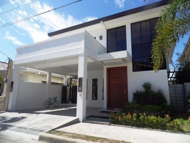 4 Bedroom Nice House in a Exclusive subdivision in Angeles City - 0