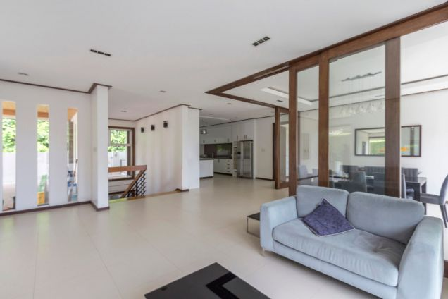 Modern 4 Bedroom House for Rent in Maria Luisa Park - 3