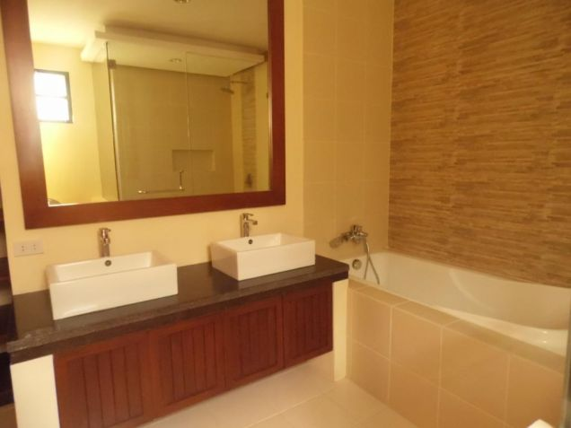 4 Bedroom Modern Furnished House and Lot for Rent in Hensonville - 1