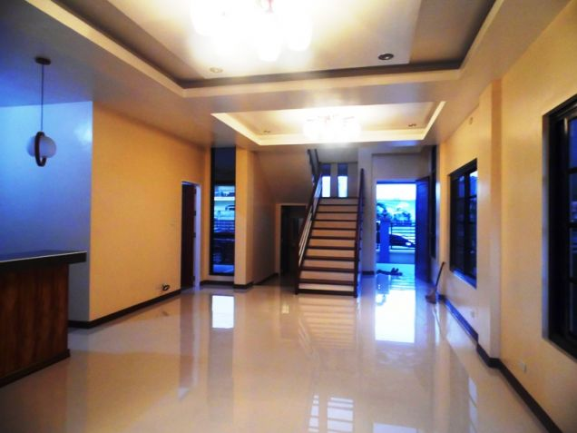 4 Bedroom House and Lot for Rent in Hensonville Angeles City - 1