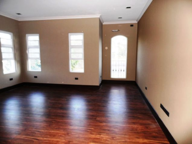 4Bedroom House & Lot For Rent In Friendship Angeles City Near Clark - 1