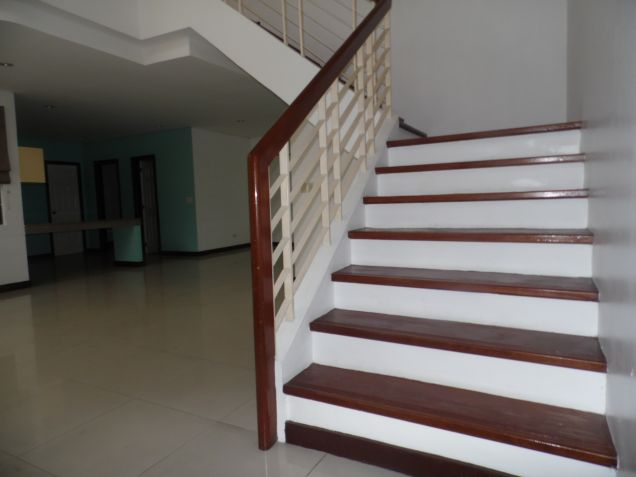 3 Bedroom Spacious Town house for Rent in Friendship - 4