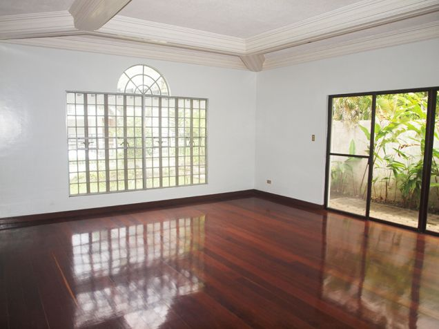 Ayala Alabang, 4 bedrooms with den and pool house for rent - 0