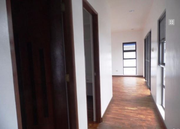Modern 2 Storey House with swimming pool for rent - 75K - 1