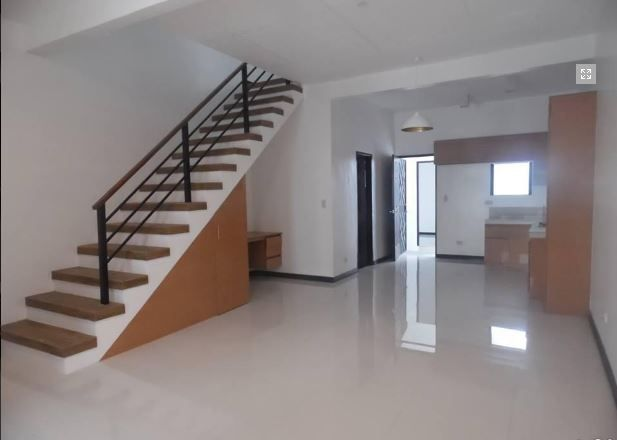 Affordable Townhouse For Rent In Angeles City - 1