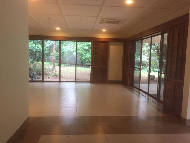 House for rent in South Forbes, Makati City - 4