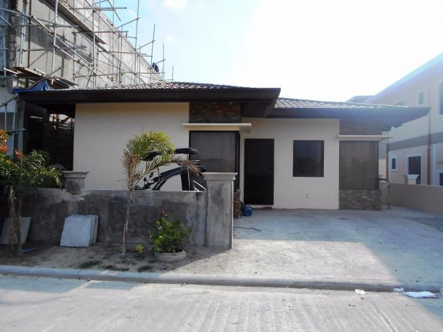 3 Bedroom Semi Furnished Bungalow for Rent in Angeles Pampanga - 0