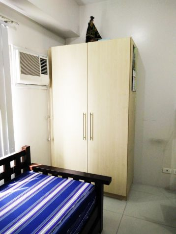 Studio Unit for Sale with Furnitures for La Salle, Benilde, St. Scholastica students, employees or investors at Taft, Malate - 4