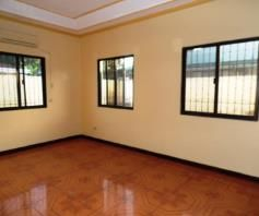 House and lot with yard for rent inside a gated Subdivision in Friendship - 75K - 5