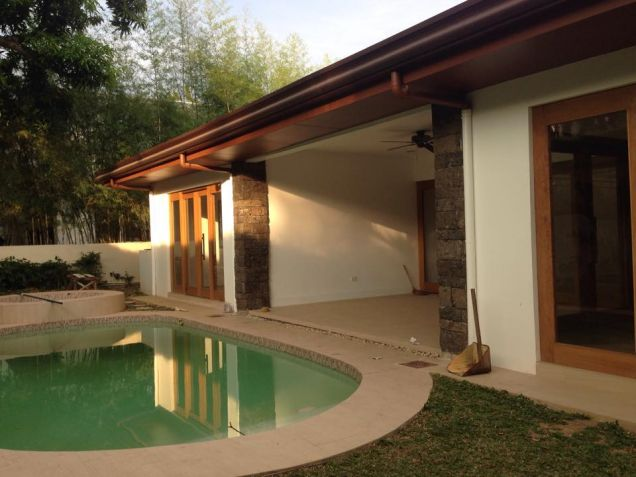 Bungalow House for Lease in Dasmariñas Village - 3