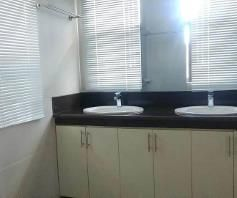 Nice House and lot with 3 Spacious Rooms for rent - 40K - 4