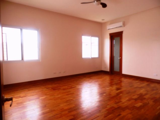 This 3 Bedroom Semi-furnished House for Rent in Angeles City, Pampanga -100K - 6