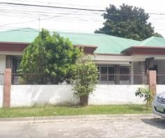 4 Bedroom Spacious Corner Bungalow House in Balibago - 0