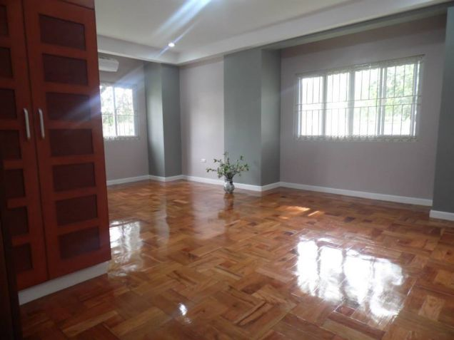 Big yard with 4BR for rent in Angeles City - 55K - 4