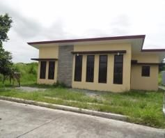Bungalow House with 3 Bedroom for Rent in Friendship – P25K - 5