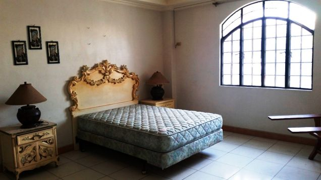 5 Bedrooms House and Lot for Rent and Sale in Balibago Angeles City - 1