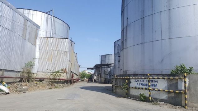 For sale lot in Pandacan Manila with existing oil depot good for housing and condominium projects - 9