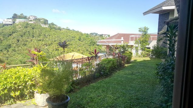 Spacious 4 Bedroom House for Rent in Maria Luisa Estate Park - 6