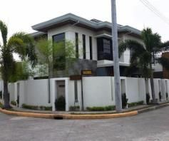 4 Bedroom House with swimming pool for rent - 130K - 0