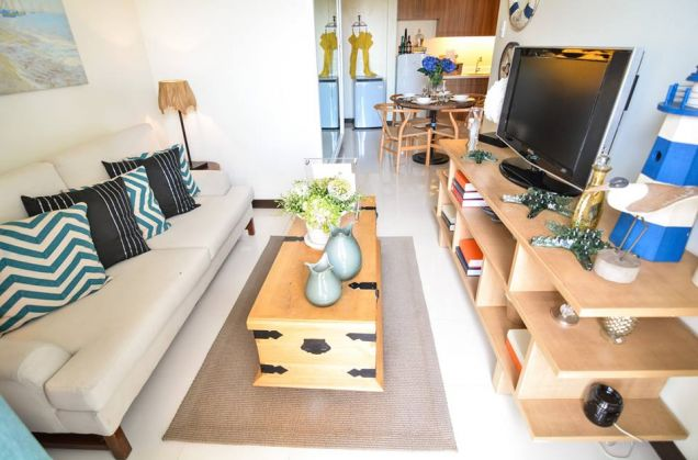 1 bedroom for sale in Zinnia towers, Quezon City near SM North EDSA and Trinoma - 1