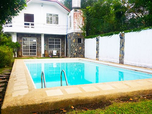 For Rent 4 Bedroom Rustic Villa With Pool in Tagaytay - 4