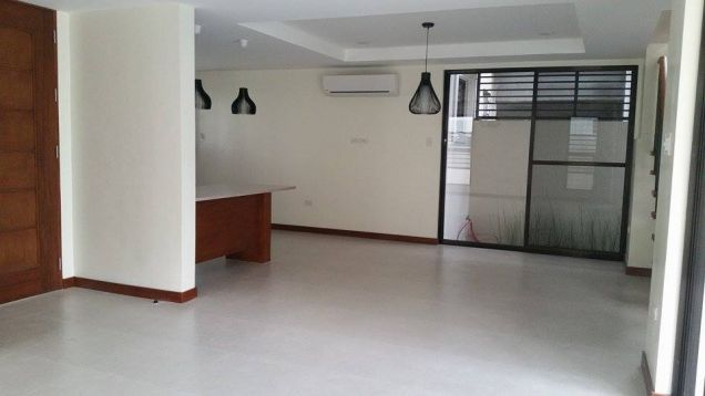 3 Bedroom House with Pool  for Rent in Angeles - 2
