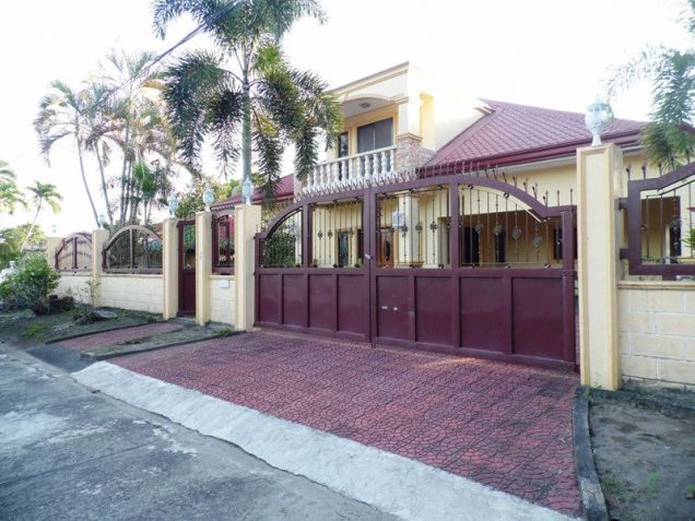 House & Lot ot with yard For Rent inside a gated Subdivision in Friendship - 75K - 5