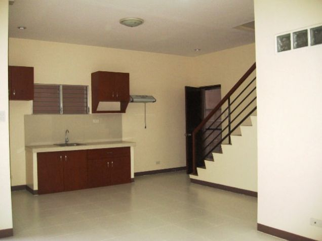 4 Bedrooms Apartment for Rent in Mabolo Cebu City - 3