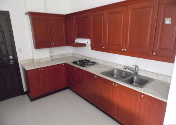 For Rent Fully Furnished 3 Bedroom Townhouse in Clark - 6