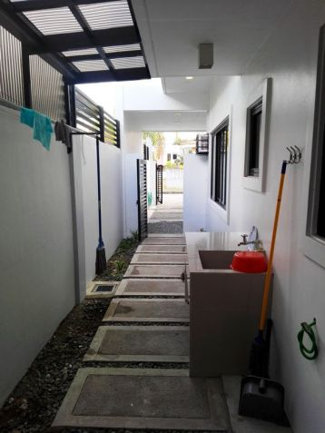 Fully Furnished Modern House with 4 Bedroom for rent - Near Clark - 1
