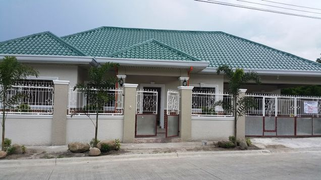 Brandnew house and lot for rent located in friendship - 40K - 0