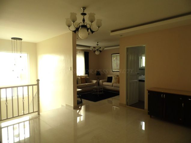 Nice Furnished House For Rent In Angeles City - 1