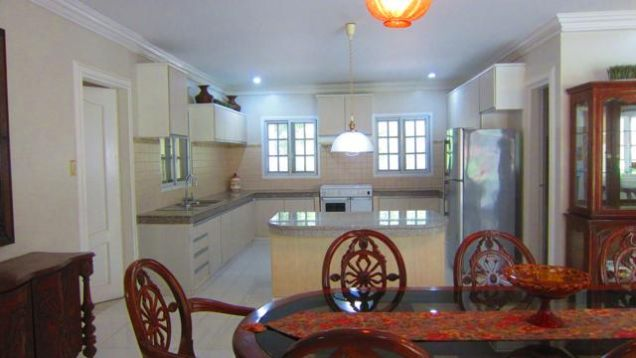 House with swimming pool for Rent in Northtown Homes Mandaue City, Cebu - 9