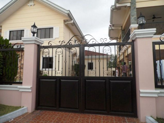 House and lot w/ 7 Bedroom & Pool for rent for P180K - 0