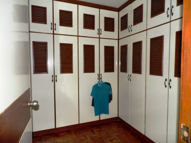 Bungalow Type House and Lot for Rent in Cut-cut  Angeles City - 3