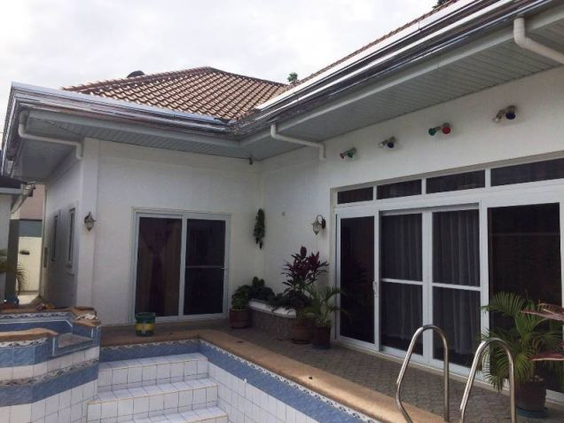 4 Bedroom House with Swimming Pool for Rent in Pandan - 65K - 2