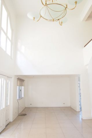 Bright and airy home in Acropolis Quezon City - 0