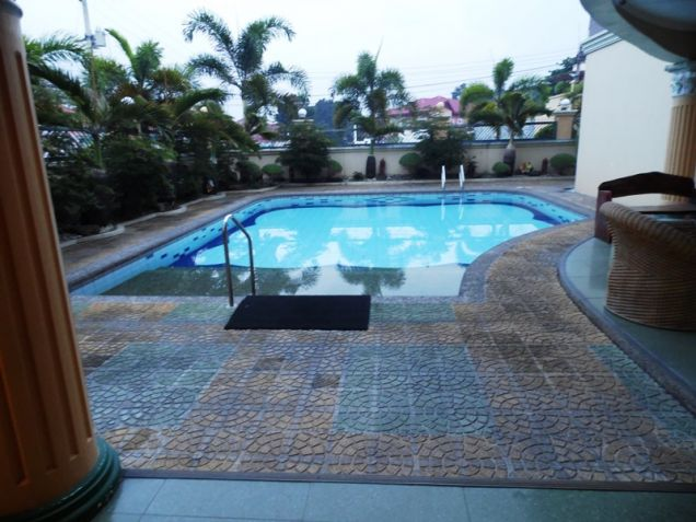 6 Bedroom House with swimming pool for rent in Hensonville - 85K - 2