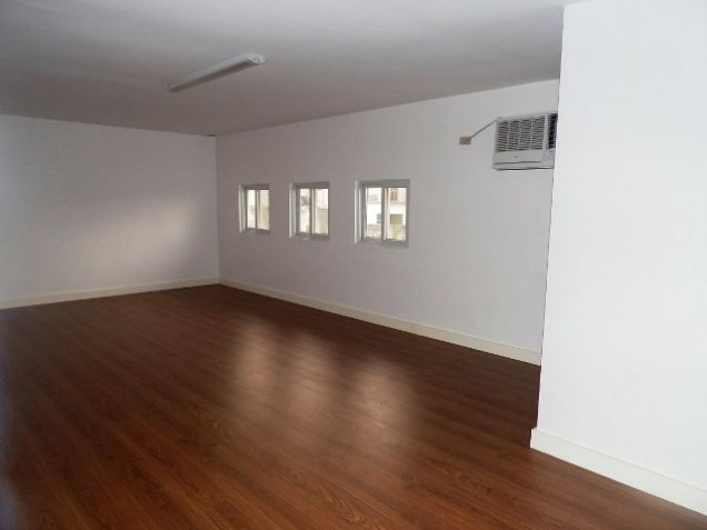 Spacious House with Lap pool For rent -110K - 4
