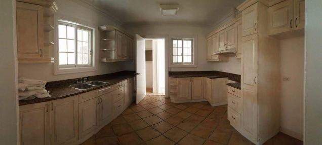 For rent 4 bedroom house in Mandaue - 9