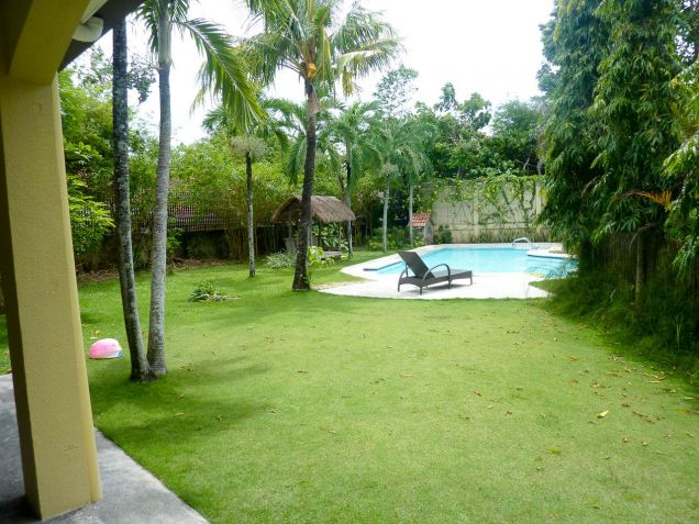 4 Bedroom House with Swimming Pool for Rent in North Town Cebu City - 7