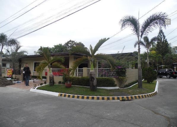 Bungalow House with 3 Bedroom for rent near SM Clark @ 38k - 8